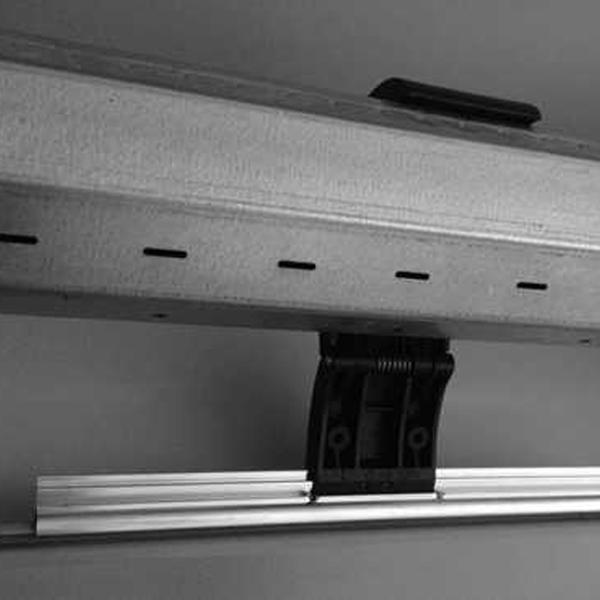 porte-garage-enroulable-alu-securite-anti-relevage